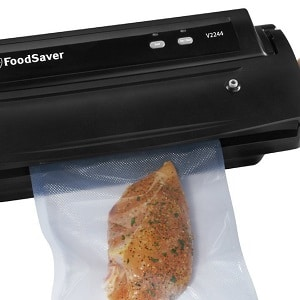 FoodSaver V2244 Vacuum Sealing System with Starter Kit Product Image