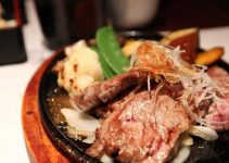 Rare Japanese Wafu Steak with Grated Daikon and Ponzu